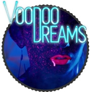 VoodooDreams casino, Frau mit rotem Lippenstift